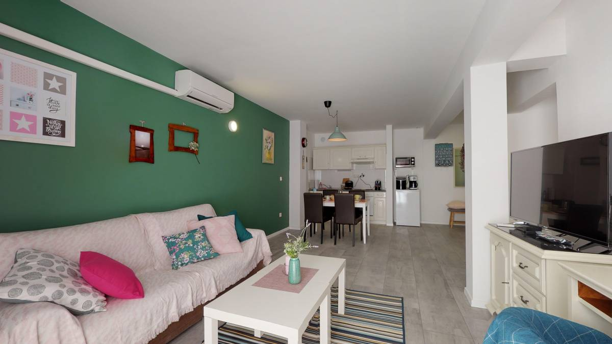 Apartment Mirta, Novigrad Istria, Croatia