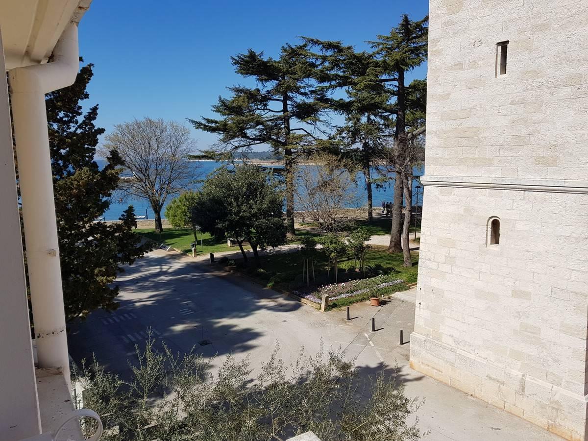Villa Bionda Novigrad Istria Croatia