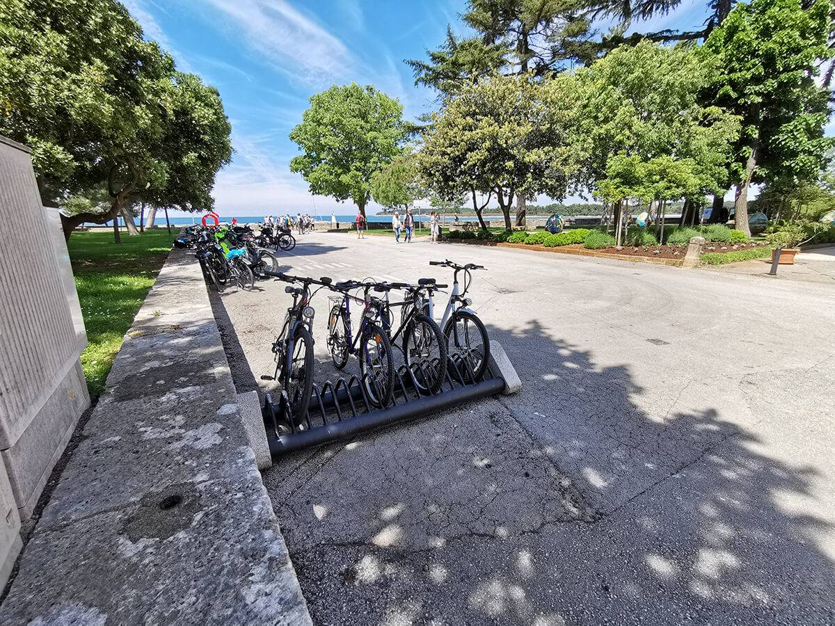 Should you rent a bike or take your own (while visiting Novigrad)